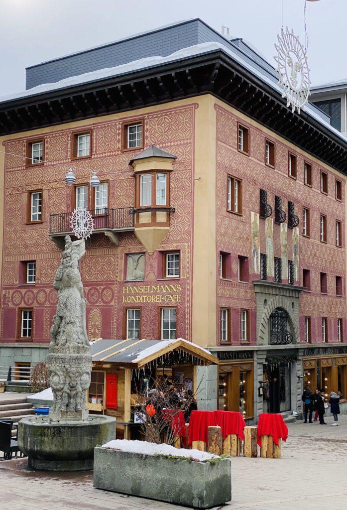 OllO World, Hanselmann St. Moritz