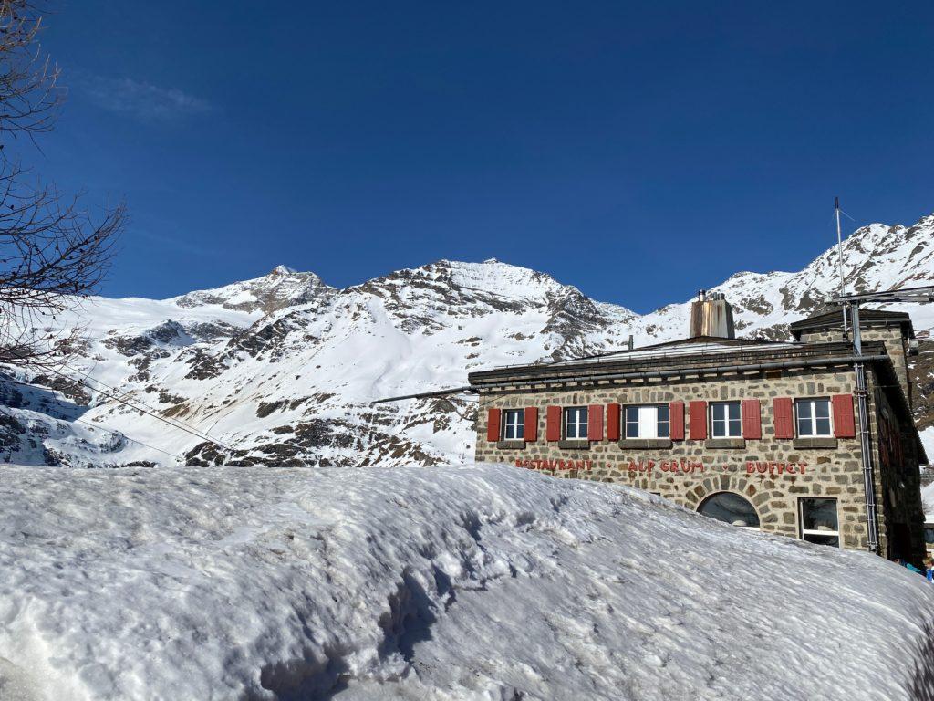 OllO World Alp Grüm