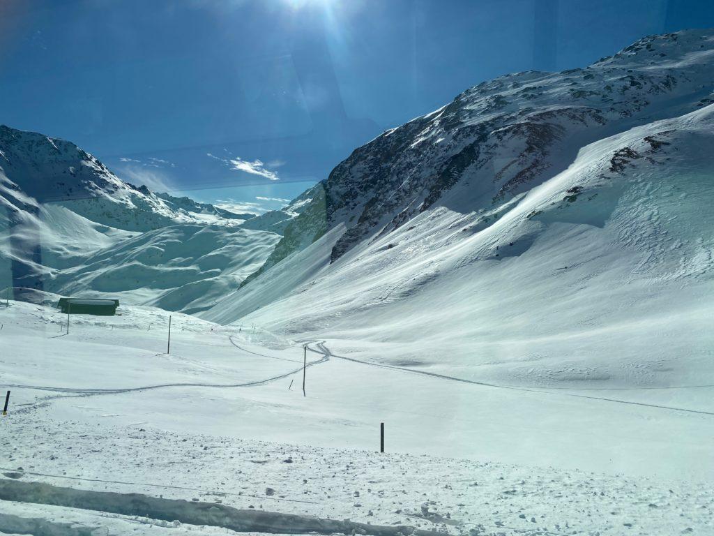 OllO World, Glacier Express